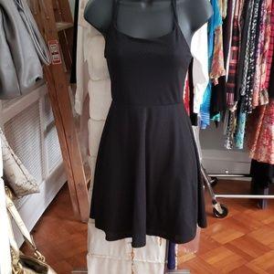 Summer spaghetti strap flowy dress